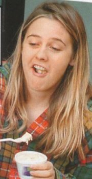 alicia silverstone eating