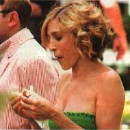 Sarah Jessica Parker eating