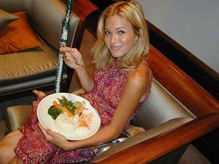 Mandy Moore eating